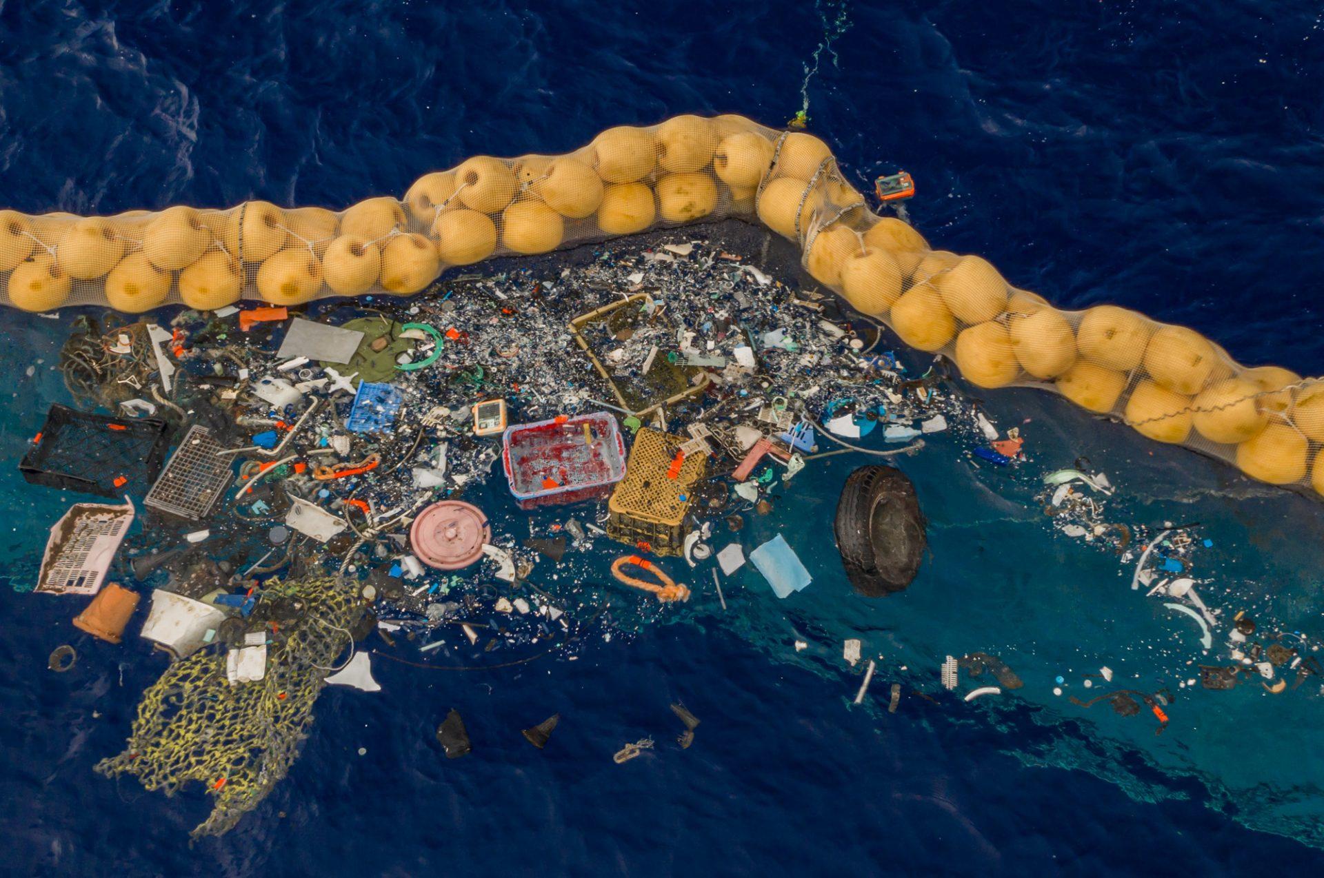 Ocean cleanup plastic soep