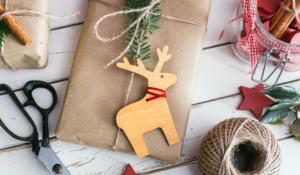Kerstcadeau duurzaam inpakken