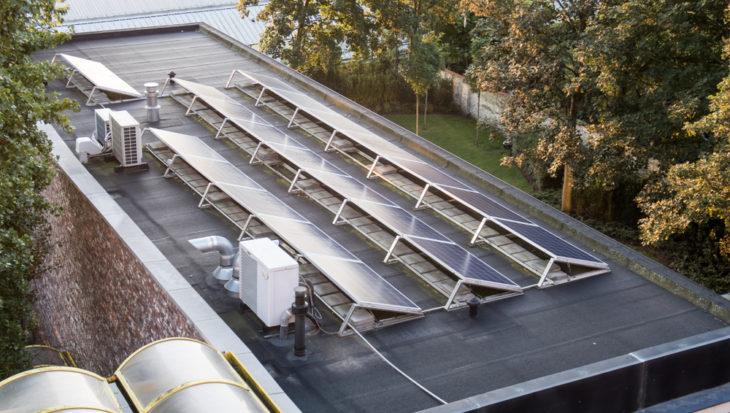 Collectieve zonnepanelen: de mogelijkheden om samen zonne-energie op te wekken