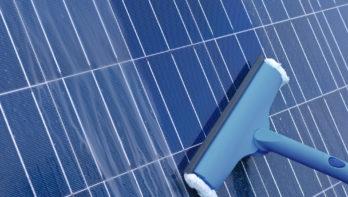 Zonnepanelen onderhouden: zo blijven je zonnepanelen in goede conditie