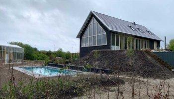 Duurzaam houten huis met natuurlijke materialen
